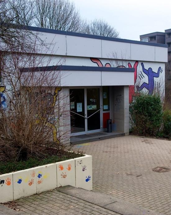 Wuppertal: Jugendzentrum wird weg gespart, um Jugendarbeit zu erhalten?