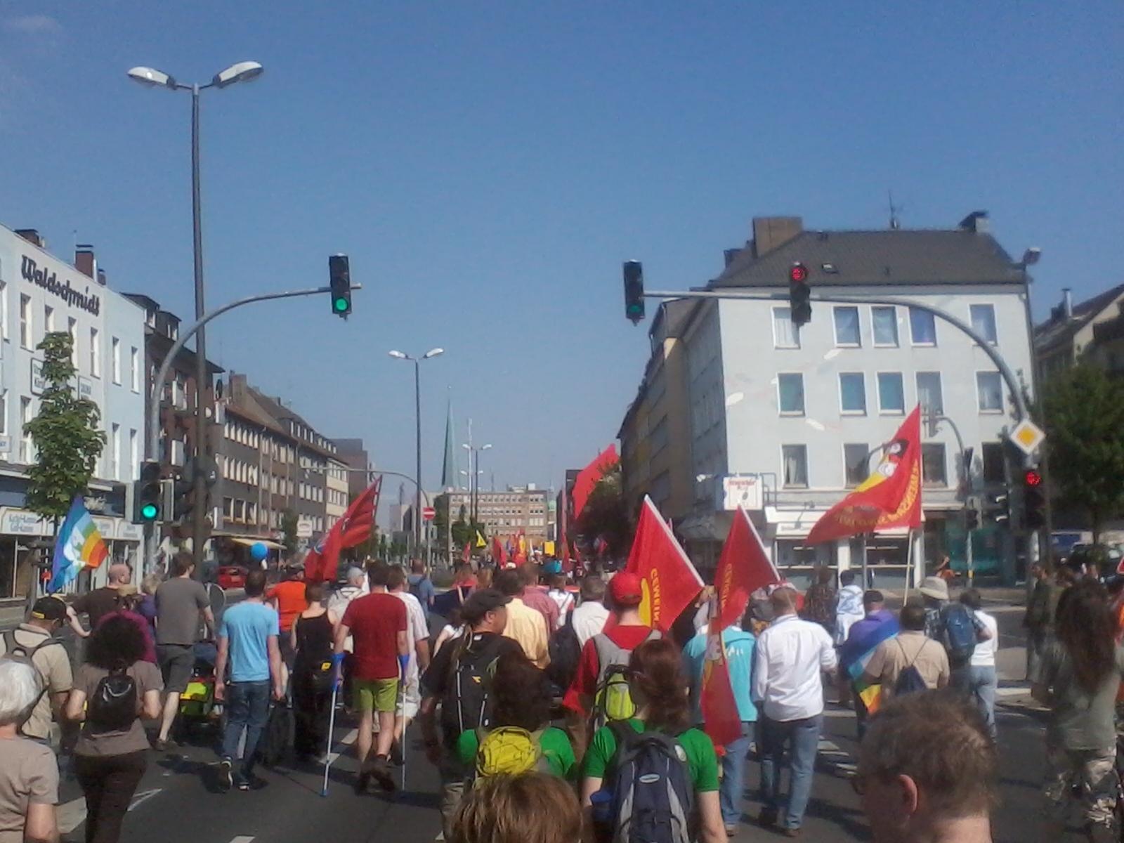 Ostermarsch Rhein-Ruhr 2011: Hunderte gegen Krieg und Atomkraft