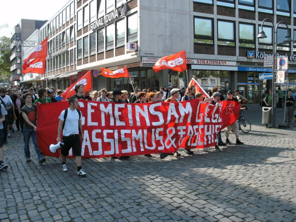 Köln bleibt nazifrei!