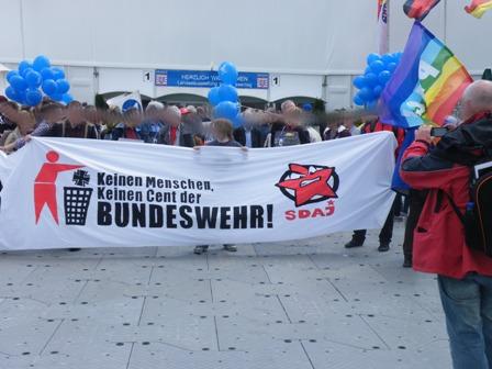 Hessentag: Massiver Einsatz von Feldjägern und Polizei behindern antimilitaristische Demonstration