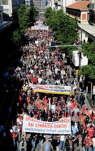Zu den Kämpfen der griechischen Bevölkerung gegen die Sparmaßnahmen