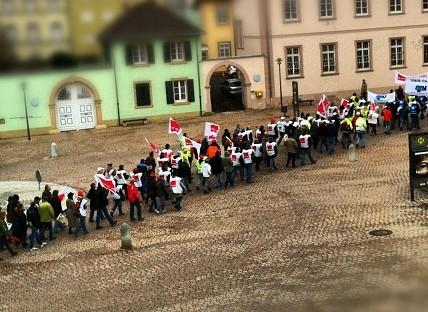 Solidarität mit den Streikenden im öffentlichen Dienst!