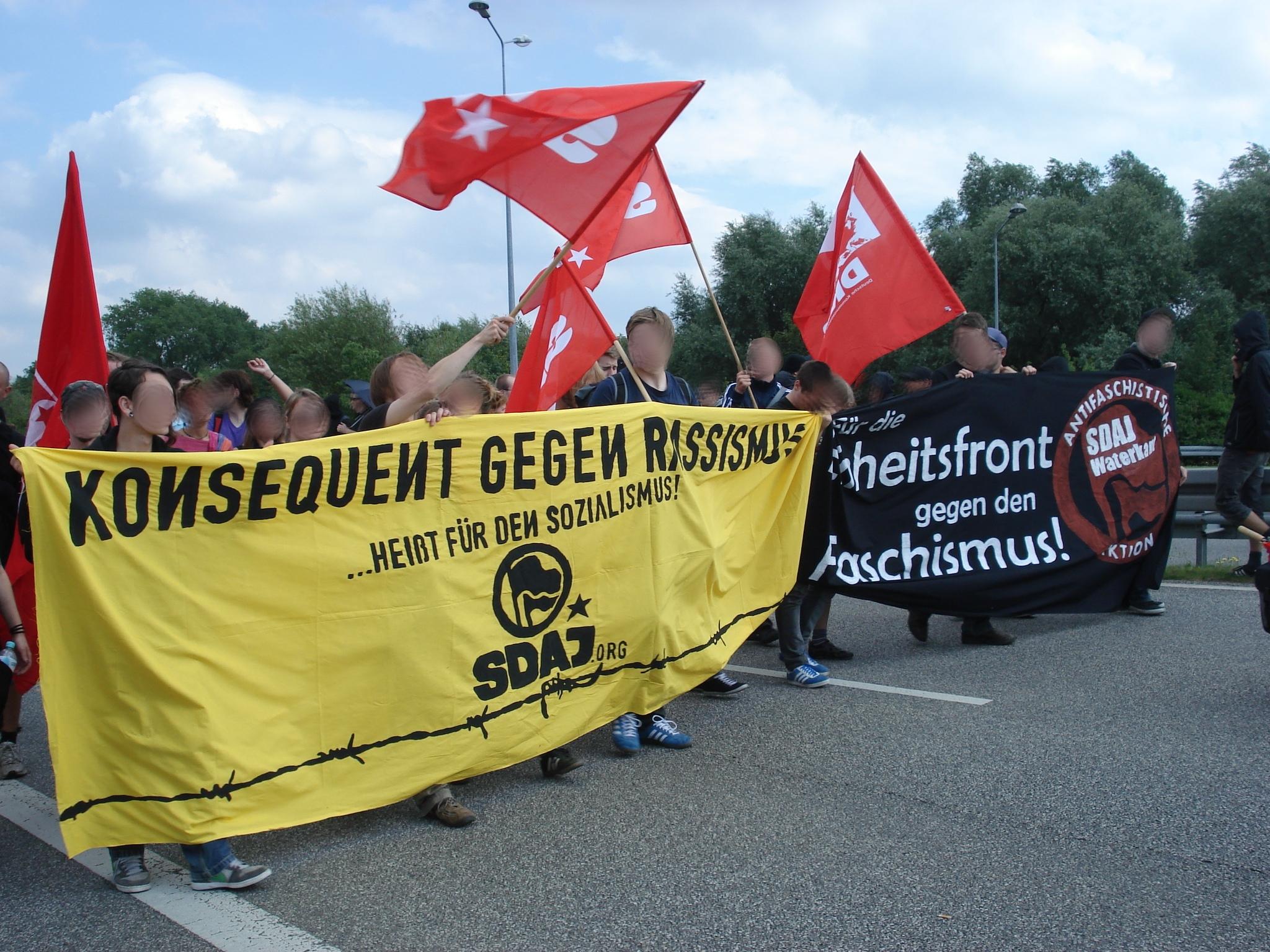 Grenzenlose Solidarität – 20 Jahre nach den Pogromen