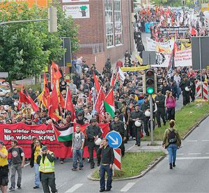 Kein Nazi marschiert in Dortmund am Antikriegstag