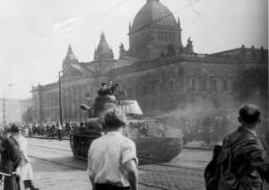 """Fehler und Feinde: Worum ging es beim """"Arbeiteraufstand"""" vom 17. Juni 1953 in der DDR?"""