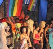 Drag-Queen-Show in Santa Clara bei der UJC