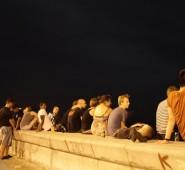 Eigentlich gibt es nichts schöneres als Abends mit einem Rum am Malecón zu sitzen.