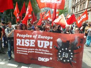 SDAJ und DKP auf der Blockupy-Demo 2013
