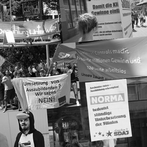 SDAJ in Aktion: Ausbeuter von München bis Kiel geoutet
