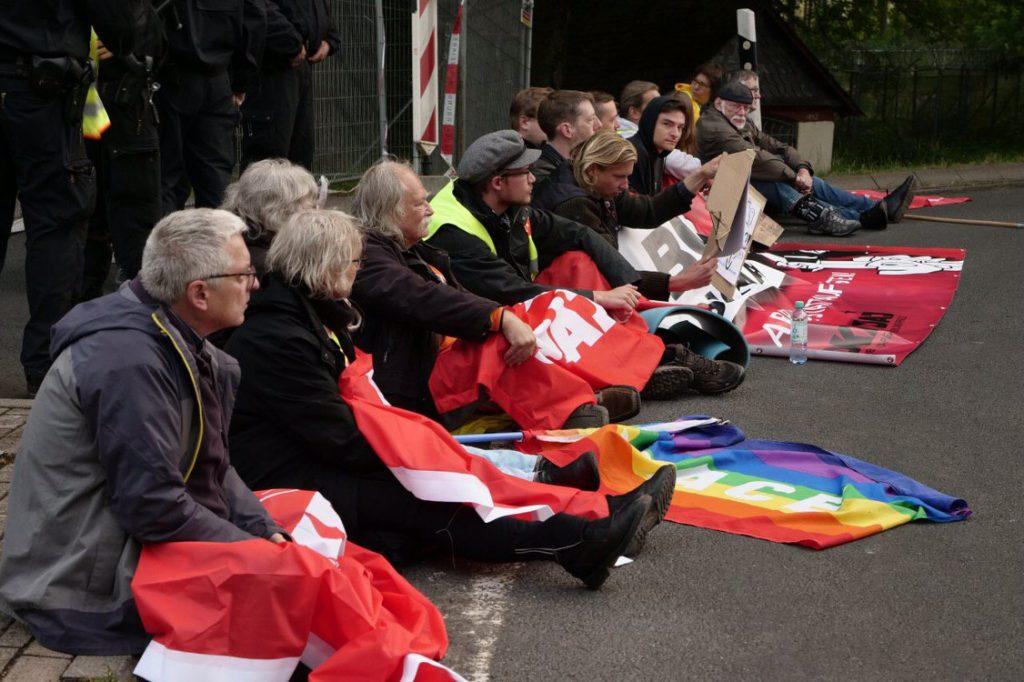 Blockade des Fliegerhorsts in Büchel